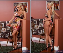 Diana Doll - Housewife 1 on 1