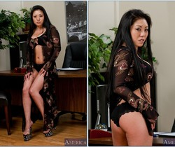Kaiya Lynn - Asian 1 on 1