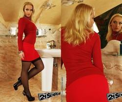 Kathia Nobili, Candy Sweet