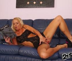 Dorina Gold - 21Sextreme
