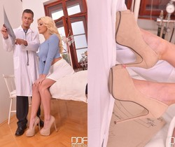 Sienna Day - Hot Legs and Feet