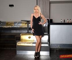 Vanda Lust - Blonde Temptress - DPFanatics