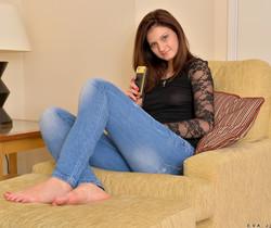 Eva Johnson - Horny Milf - Anilos