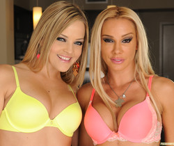 Alexis Texas and Sandy Take Their Time