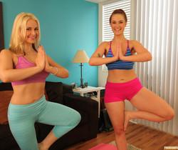 Sarah Vandella and Siri - Giggle, Sweat and Lick