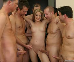 Bubble Butt Blonde Jade Lashey Sucks Her Way To Bukkake