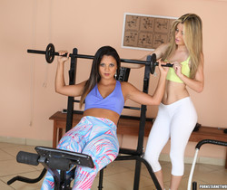 Regininha Gaucha and Suzana Rhios - Fitness Rule One