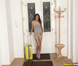 Carolina Abriz - Petite Bush - Mike's Apartment