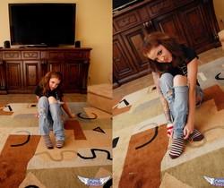 Jeska Vardinski - Ripped Jeans - SpunkyAngels