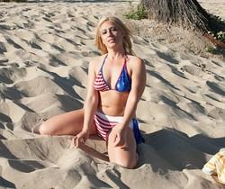 Stevie Lix shower after the beach
