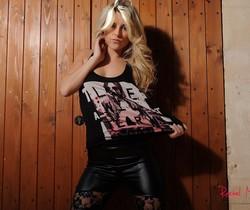 Rachel McDonald strips naked from her black T
