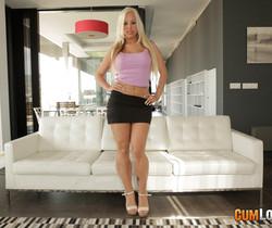 Blondie Fesser - DPeep Show