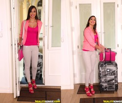 Carla Crouz - Cute Ass - Mike's Apartment