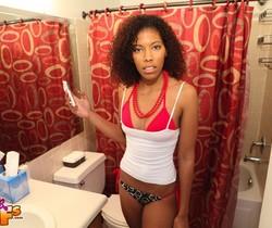 Gina - Sexy Selfie - Black GFs