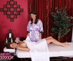 Shyla Jennings, Lizz Taylor - One Horny Client