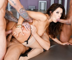 Francesca Le - LeWood Gangbang: Battle Of The MILFs