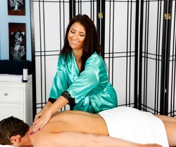 Evi Fox, Mac Turner - Secret Garden - Fantasy Massage
