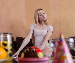 Lina, Nicolle - Lina's Birthday - Girlsway