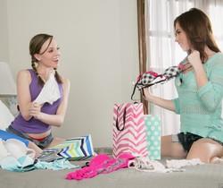 Emma Stoned, Aubrey Star - Bra Shopping - Girlsway