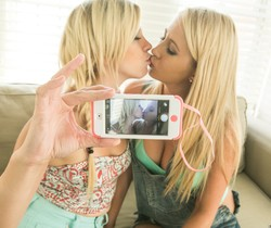 Tara Morgan, Mandy Armani - Skateboard Beach Babes