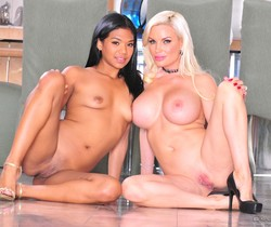 Diamond Foxxx, Emy Reyes - Couples Seeking Teens #02