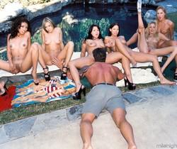 1 Lucky Dick In Multiple Chicks