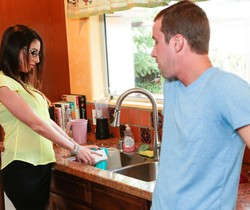 Dava Foxx - She's My Stepmom