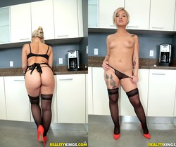 Veronica Dean - Coochie In The Kitchen - Monster Curves