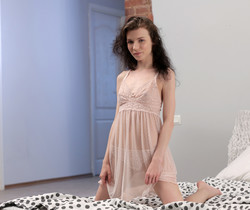 Jorden - thin teen's pussy show