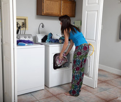 Natalie Heart - Laundry Day - ALS Scan