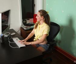 Tabitha - Online Inspiration - ALS Scan