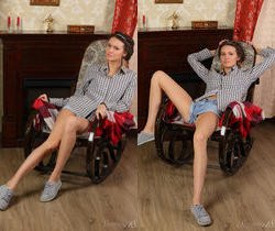 Lucy G - Rocking Chair - Stunning 18