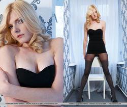 Yasmina B - Sultry - The Life Erotic