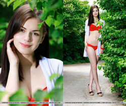 Karolina Young - Sesine - MetArt