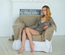 Agnes - Modesty - Stunning 18