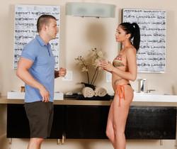 Ariana Marie, Codey Steele - Stepsister Massage