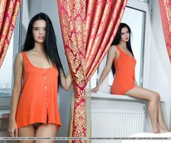 Presenting Carmen Summer - MetArt