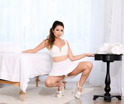 Melissa Moore - Sloppy Massage Slut Melissa - Evil Angel