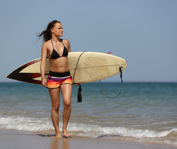 Jo - Surfs Up - Viv Thomas