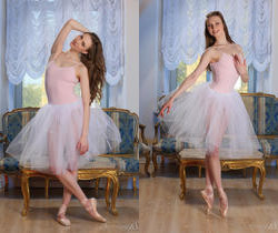 Annett A - Pointe Shoes - Stunning 18