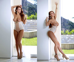 Leanna Decker - Uptown Girl - Holly Randall