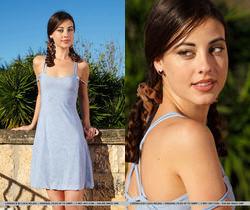 Lorena B - Iluvia - MetArt