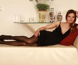 Suzie Carina - Siren in Black - Viv Thomas