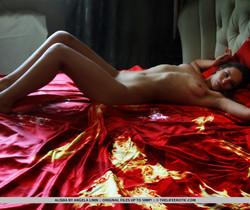 Alisha - My Pet - The Life Erotic