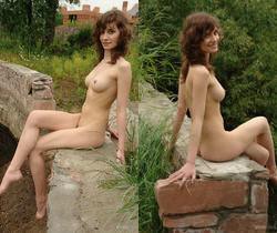 Jini - Walking In Nature 2 - Erotic Beauty