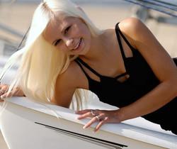Dido - Sailing Away - Erotic Beauty