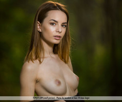 Intimate - Denisa G. - Femjoy