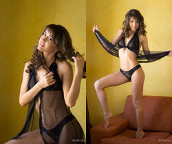 Celina T - Glowing Golden 1 - Erotic Beauty