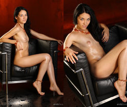 Olka - The Waiting Room - Erotic Beauty