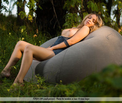Take A Look - Lydia J. - Femjoy